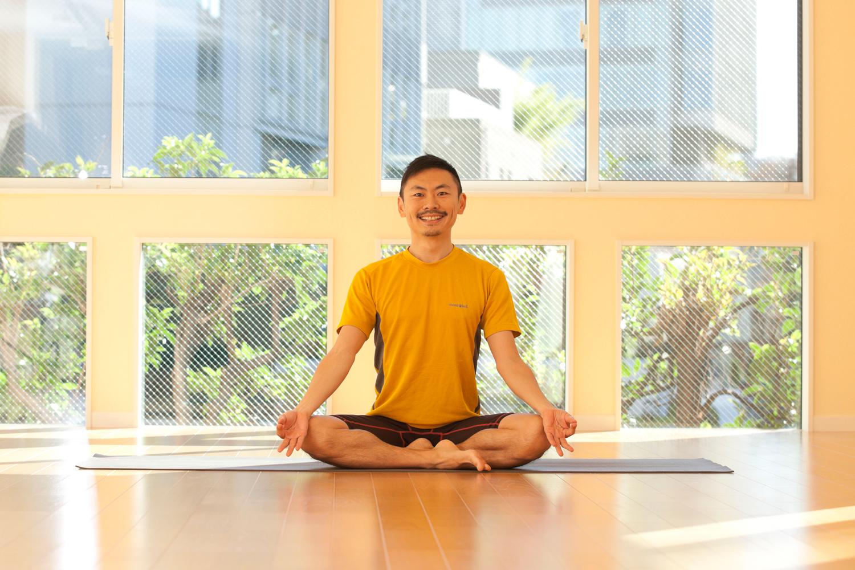 Yoga English Tokyo - Tom Yoga