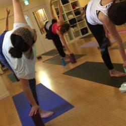 Tokyo Yoga in English